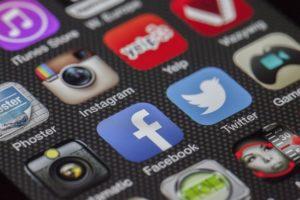 Réseaux sociauxet stratégie de communication