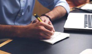 Apprendre à rédiger correctement et efficacement vos écrits dans le cadre professionnel.